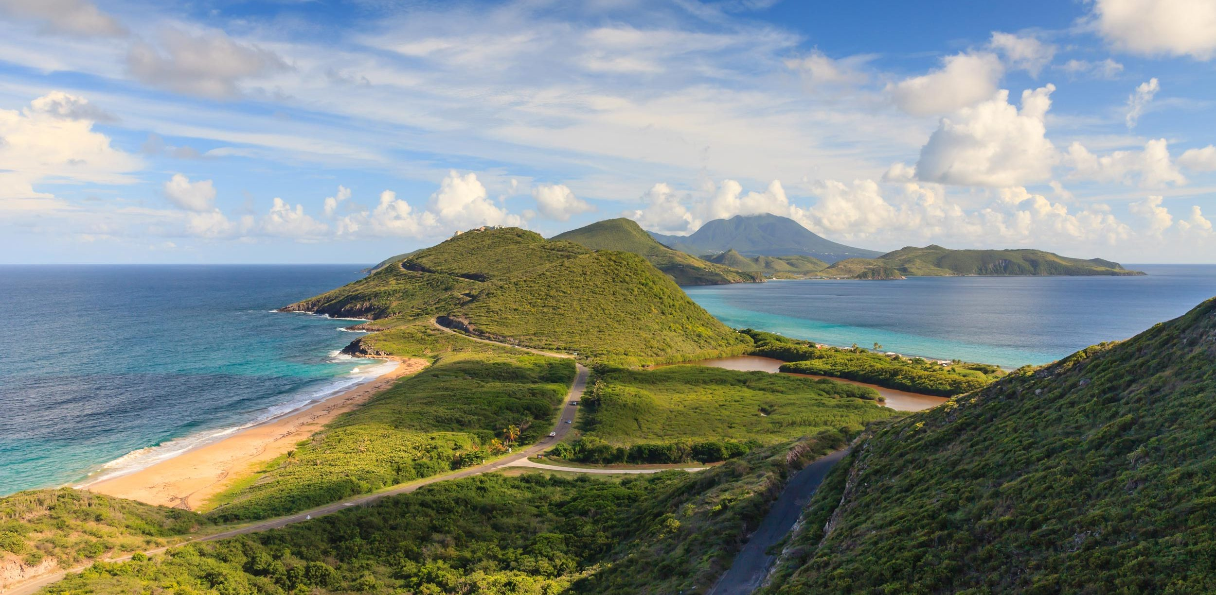 St. Kitts' view. A luxury destination YU Lounge